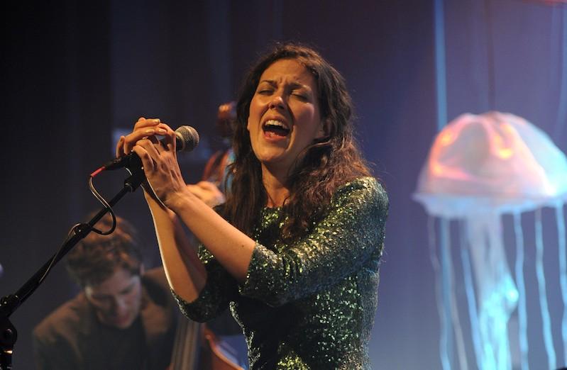 Alejandra Ribera au Club Soda pour la soirée d'ouverture du Festival international de Jazz de Montréal: un rendez-vous intime en excellente compagnie (image)