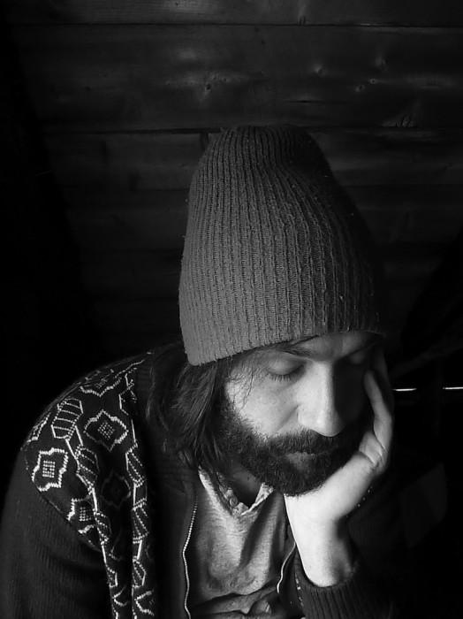 Entrevue avec Julien Mineau de Fontarabie: de l'autre côté du tunnel brille la noirceur (image)