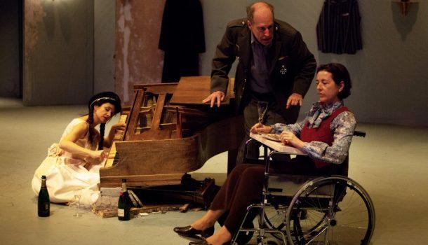 «Avant la retraite» de Thomas Bernhard, mise en scène de Catherine Vidal, au Théâtre Prospero