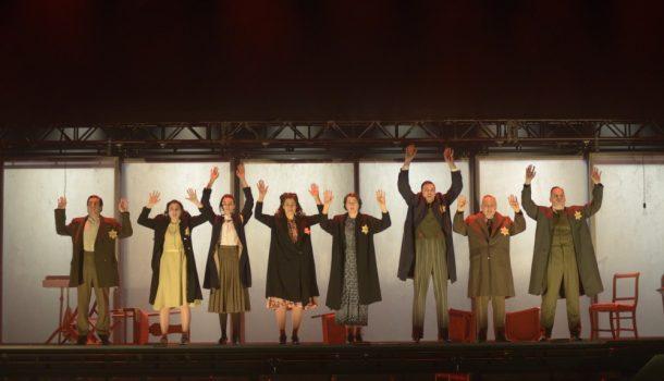 «Le journal d'Anne Frank», dans une mise en scène de Lorraine Pintal, au Théâtre du Nouveau Monde