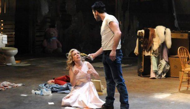 «Un tramway nommé désir», mise en scène de Serge Denoncourt, au Théâtre ESPACE GO