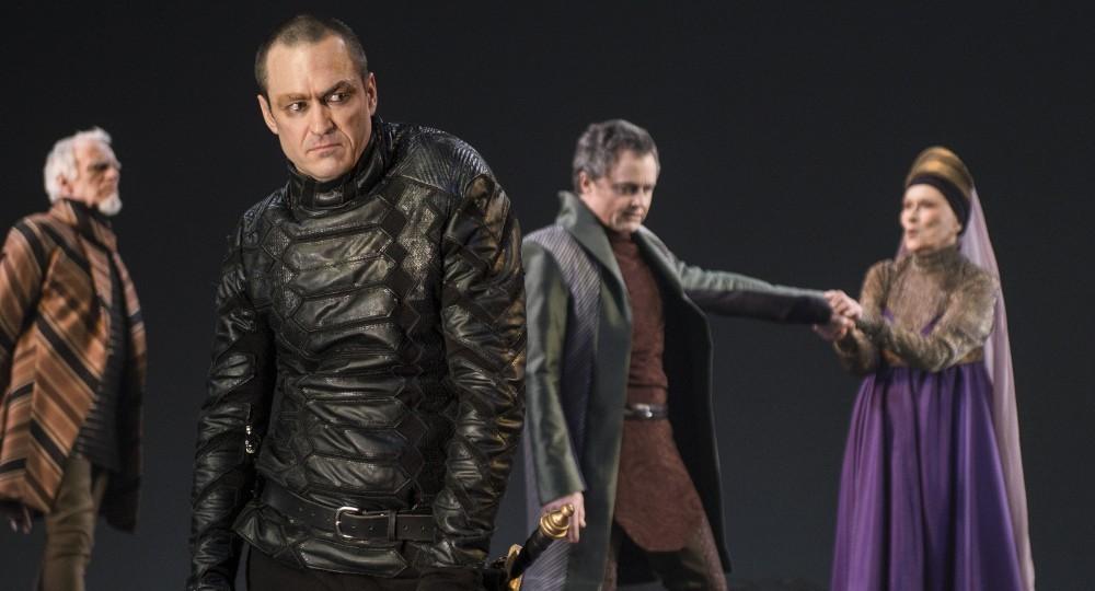Critique theatre Richard III TNM