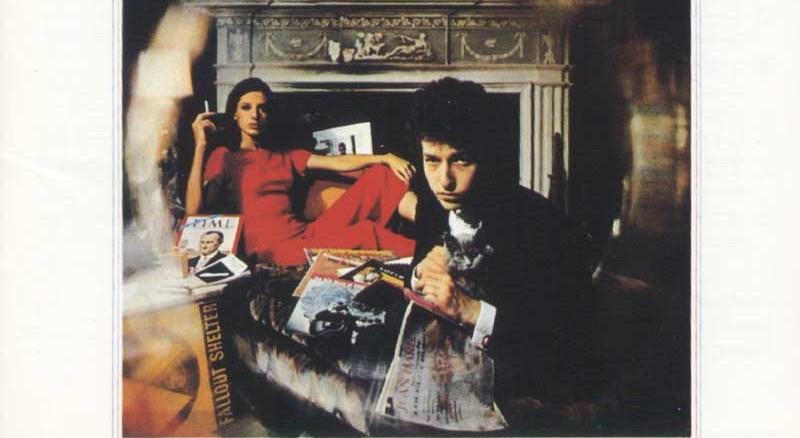 Bringing-It-All-Back-Home-Bob-Dylan-critique-album-review-Bible-Urbaine-01