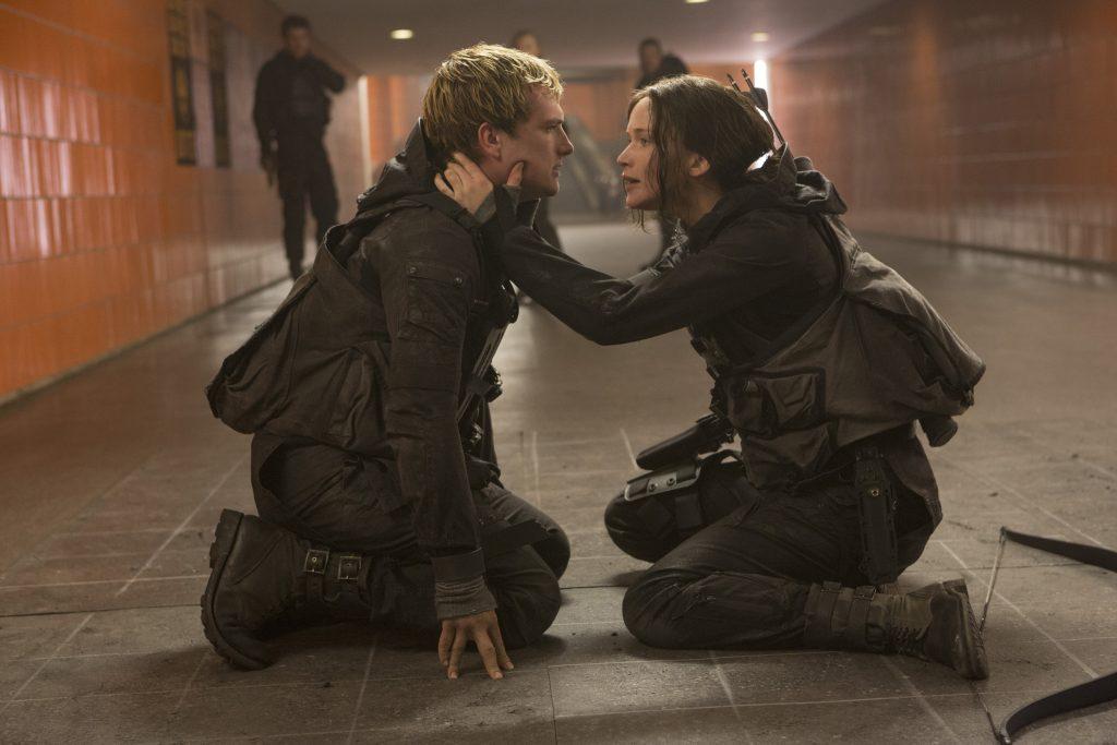Critique-film-review-Hunger-Games-Mockingjay-Part2-2015-Bible-urbaine-2