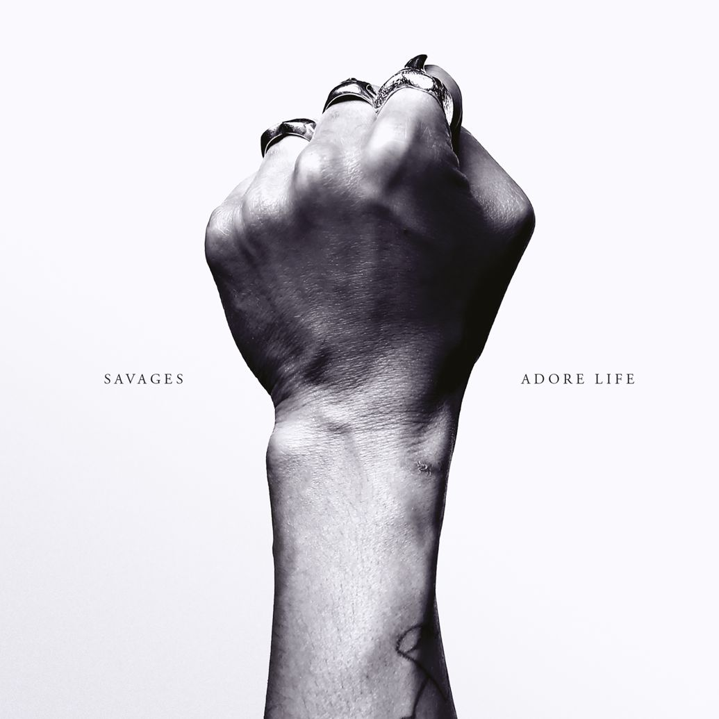 Savages-Adore-Life-critique-album-review-Bible-urbaine