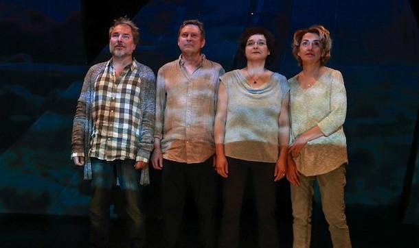 Critique-La-mort-des-eternels-theatre-La-Licorne-Bible-urbaine-02