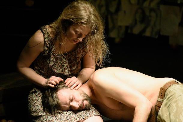 «Skin Tight – Te tenir contre moi» de Gary Henderson au Théâtre Prospero
