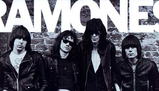 «Les albums sacrés»: le 40e anniversaire du premier album des Ramones