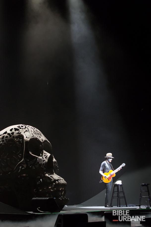 Jean Leloup en solo à la Place des Arts à l'occasion des FrancoFolies 2016