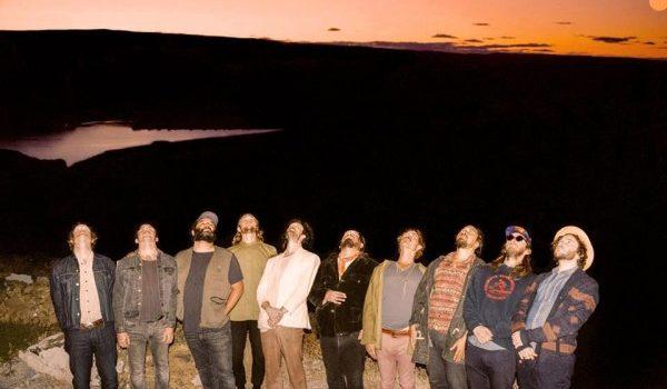 Les 5 clips les plus hippies d'Edward Sharpe & the Magnetic Zeros