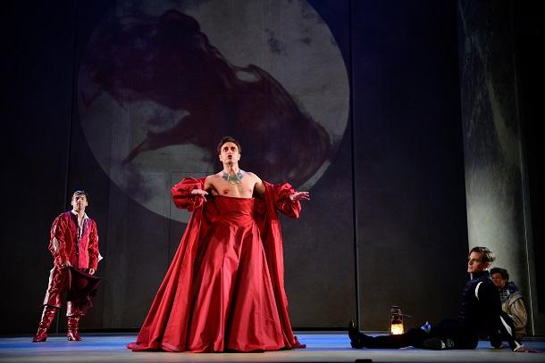 «Roméo et Juliette», dans une mise en scène de Serge Denoncourt, au TNM