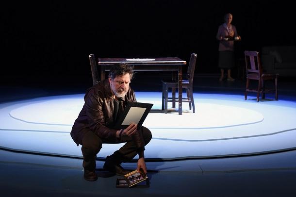 Ne-m-oublie-pas-Duceppe-theatre-critique-Bible-urbaine