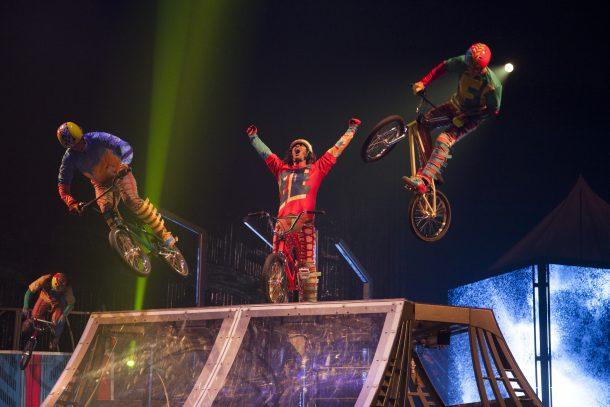 Critique Cirque du Soleil Volta7
