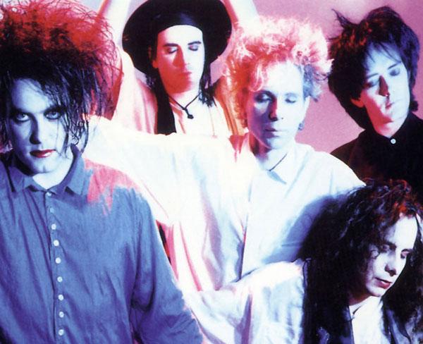 The Cure-portrait-bible-urbaine-albums-sacres