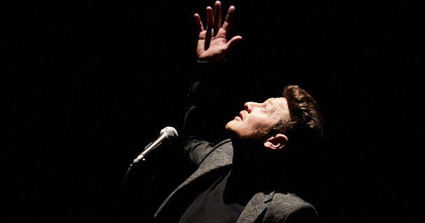 Le spectacle «Perreau et la lune» de Yann Perreau à l'occasion des FrancoFolies de Montréal