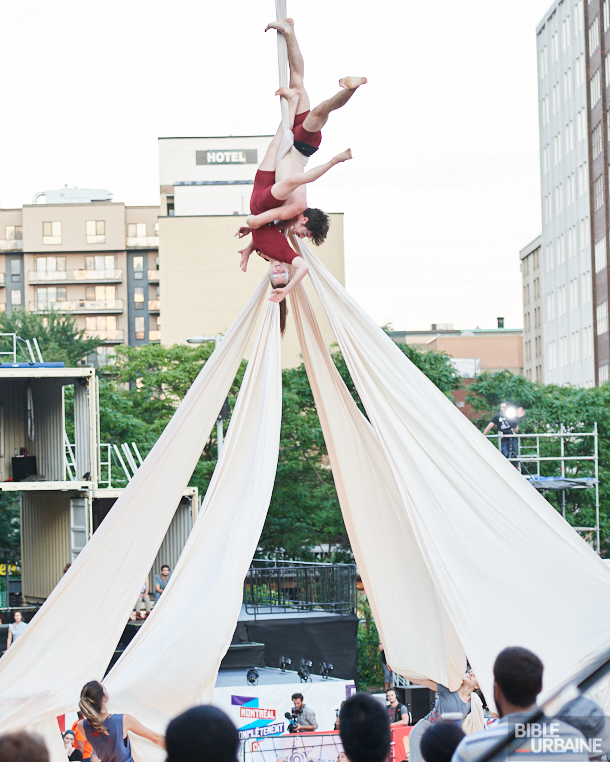 Panorama des spectacles extérieurs gratuits durant Montréal Complètement Cirque 2017