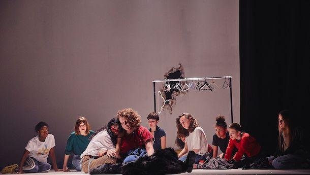 «La déesse des mouches à feu» de Geneviève Pettersen au Théâtre de Quat'Sous