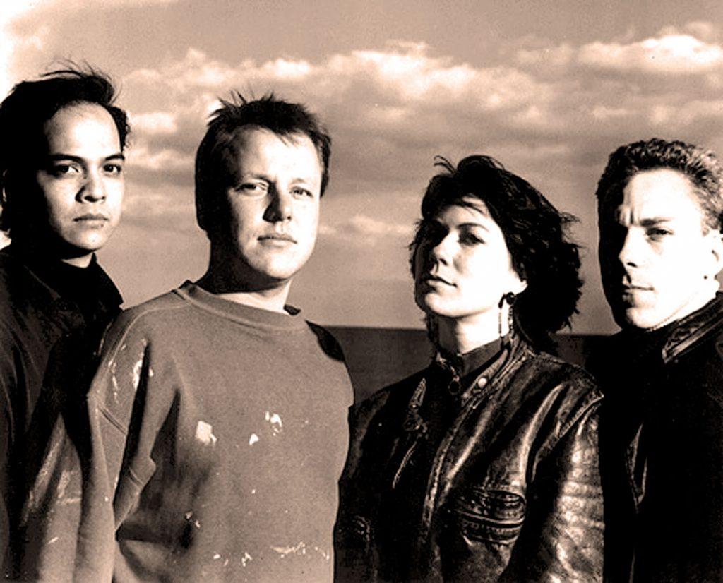 Pixies-pastdaily.com