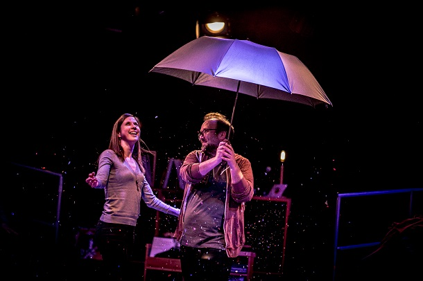 «Extras et Ordinaires» dans une mise en scène de Maryse Lapierre au Théâtre Premier Acte