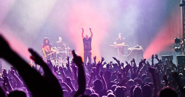 Revivez le concert du tandem Infected Mushroom au MTELUS avec nos photos
