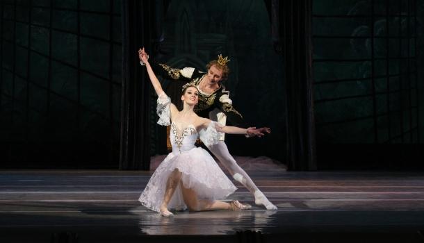 cendrillon-ballet-national-ukraine-bible-urbaine