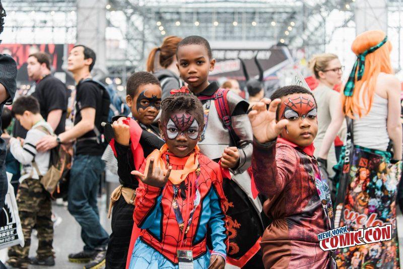 Jeunes super-héros au Comiccon de New York en 2016