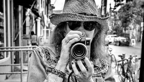 «New Memories», un documentaire de Michka Saäl sur la photographe Anne J. Gibson