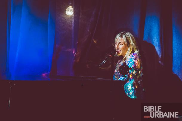 Ingrid St-Pierre lance son nouvel album «Petite plage» au Ministère