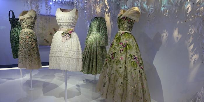 Dior-fleurs-Marc-Bohan-bible-urbaine