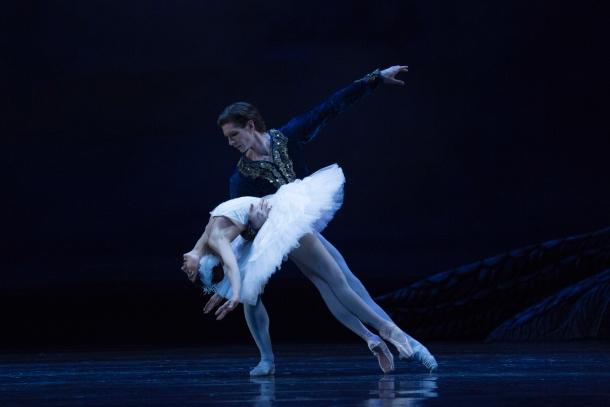 Le Ballet national de Pologne présente «Le Lac de cygnes» à la Place des Arts
