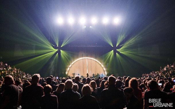 La grande histoire d'amour entre Zaz et ses fans québécois au Centre Bell