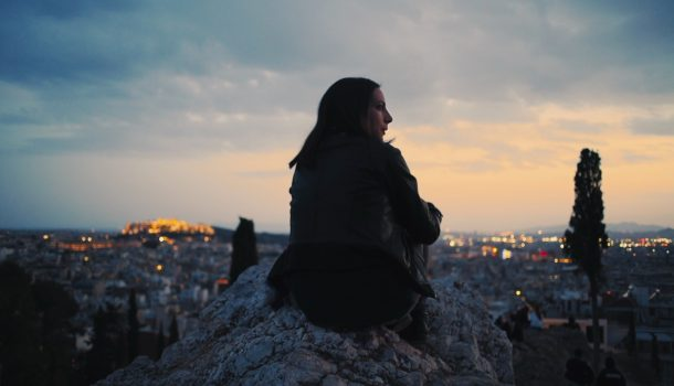 «Exarcheia, le chant des oiseaux»: pour une plongée nocturne dans la cité grecque d'Athènes