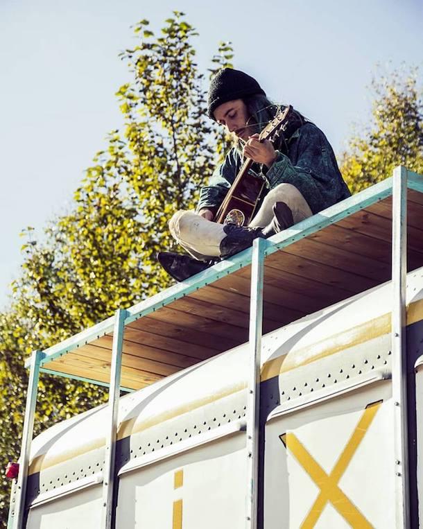 «Dans la peau de…» Jacob Pomerleau, musicien et propriétaire du Mixbus Studio