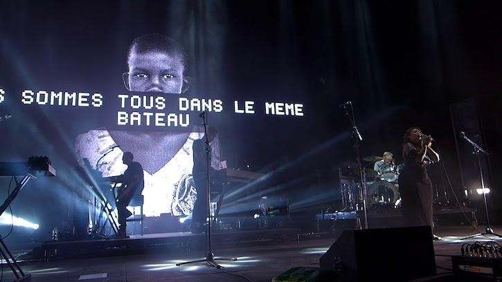 Critique-Massive-Attack-Mezzanine-XXI-Centre-Bell-Montreal-Bible-urbaine-07