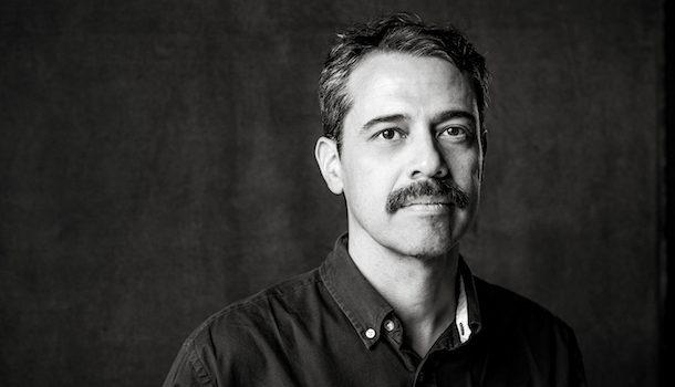 «Dans la peau de…» Hector Ruiz, poète et déambulateur urbain