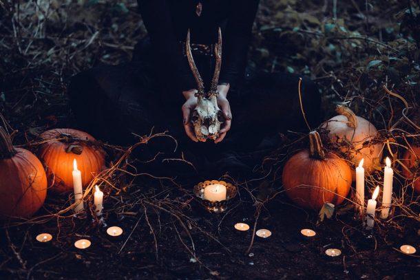 6-sinistres-suggestions-Netflix-Halloween-2019-Bible-urbaine