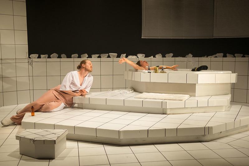 Critique-piece-theatre-Fievre-premier-acte-quebec-bible-urbaine-11