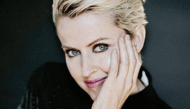 «Dans la peau de…» Geneviève Borne, d'animatrice à globe-trotteuse