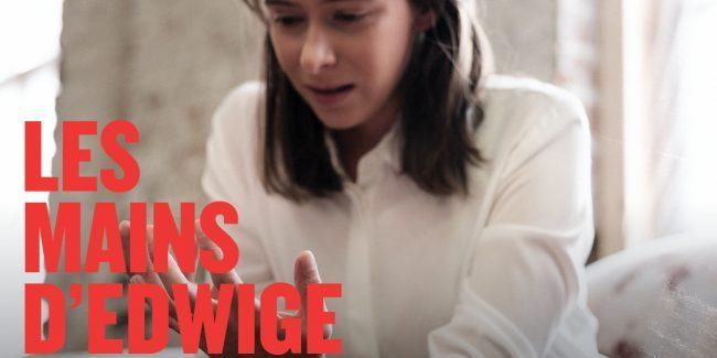 Les mains d'Edwige au moment de la naissance