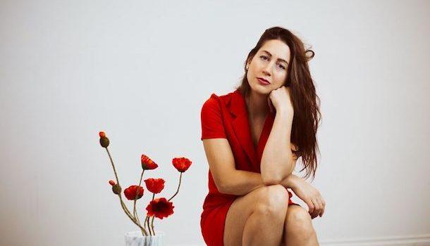 «Dans la peau de…» Rose Bouche, flamboyant bouquet de pop baroque et de folk contemporaine
