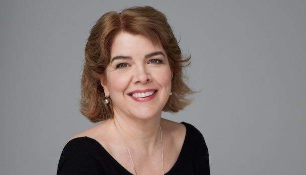 «Dans la peau de…» Chrystine Brouillet, directrice de publication du recueil «Ponts»