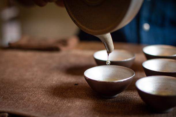 «Dans la peau de…» Hugo Américi, fondateur de la Maison de thé Camellia Sinensis