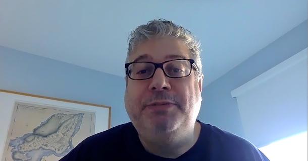 «En quarantaine avec…» Patrick White, professeur en journalisme