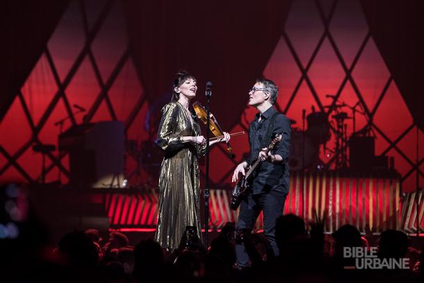 Entre mélodies mélancoliques et rythmes joyeux: The Lumineers au Centre Bell