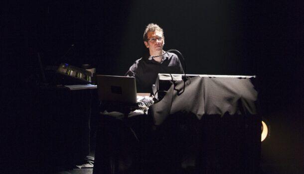 «Dans l'envers du décor»: Jean Gaudreau, concepteur sonore et musicien