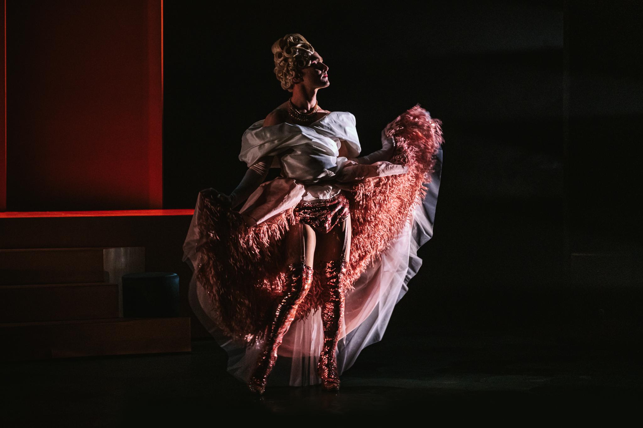 «Dans l'envers du décor»: Virginie Leclerc, conceptrice de costumes et accessoiriste