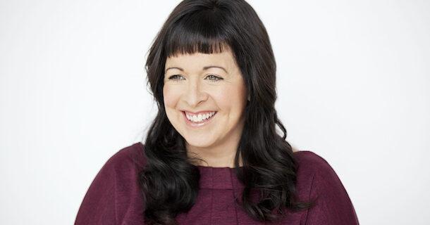 «L'entrevue éclair avec…» Julie Myre Bisaillon, professeure et fan de romans à sketchs