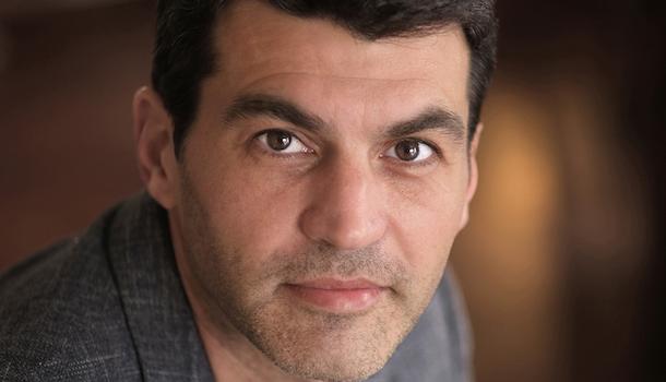 «L'entrevue éclair avec…» Valentin Musso, auteur de thrillers psychologiques sous le signe des secrets de famille