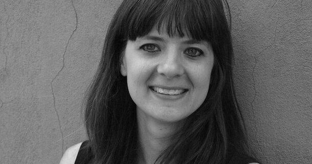 «L'entrevue éclair avec…» Jade Bérubé, auteure du recueil de poésie «Sortir avec une chanteuse»