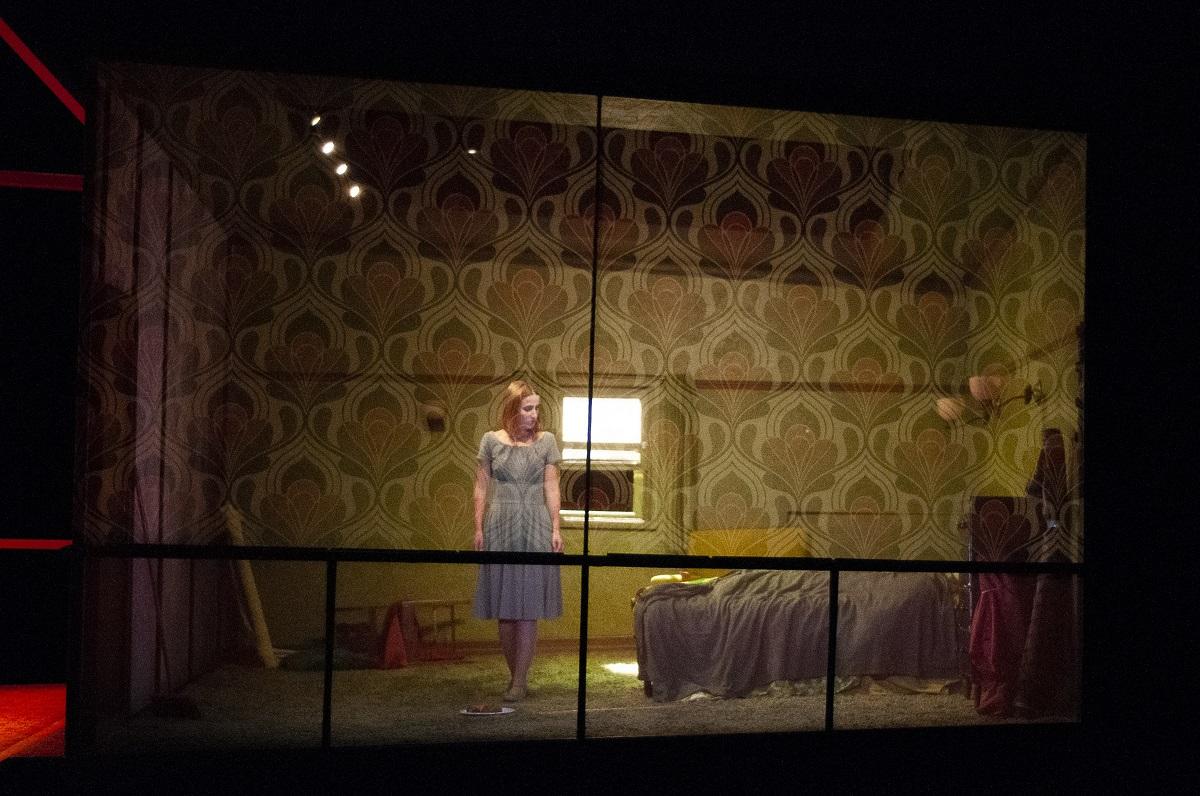 «La métamorphose» de Kafka, adaptée par Claude Poissant au Théâtre Denise-Pelletier